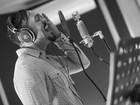 Belo grava novo CD em meio à polêmica com 'Gigantes do Samba'