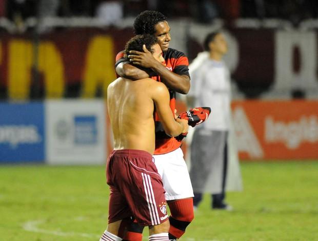 Wellington Nem e Luiz Antonio Fluminense x Flamengo (Foto: André Durão / Globoesporte.com)