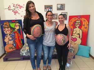 Mamães procuram fazer pinturas na barriga (Foto: RBS TV/Divulgação)