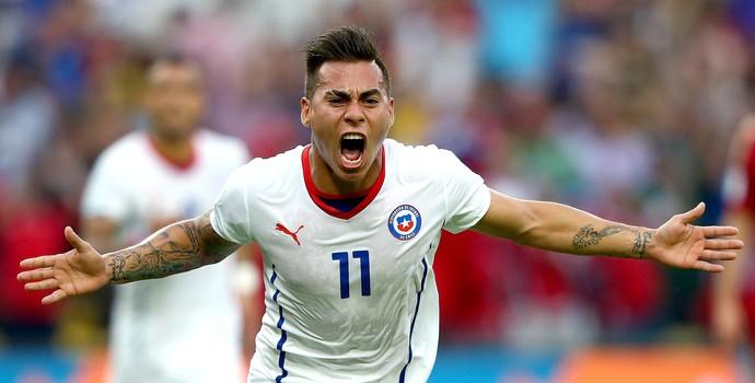 Vargas comemora gol Chile x Espanha (Foto: Getty Images)