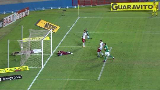 Vila Nova marca aos 50 segundos e vence o Goiás em clássico marcado por briga de torcedores