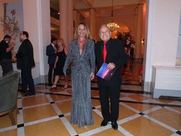 Marilene Saade e Stênio Garcia em prêmio de teatro na Zona Sul do Rio (Foto: Marcello Sá Barretto/ Ag. News)