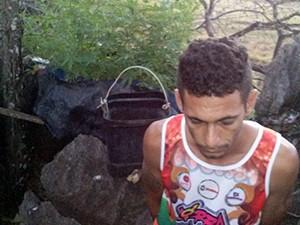 José Aires Dias da Conceição, 34 anos, foi preso quando ia regar plantação de maconha no TO (Foto: Divulgação/PM-TO)