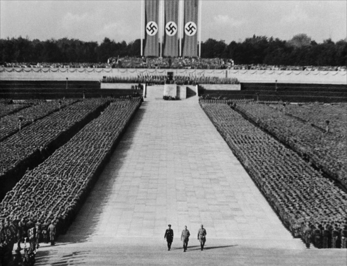 Por que você deveria ler o livro 'Minha Luta' de Hitler