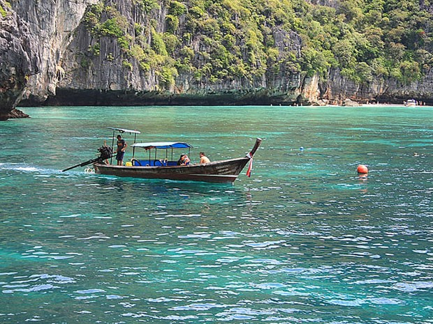 Ilhas Phi Phi, na Tailândia (Foto: Creative Commons/Kalervo Kinnunen)