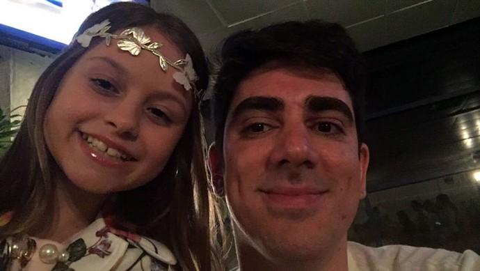 Olha a selfie da Rafa com o Marcelo Adnet (Foto: Arquivo pessoal )