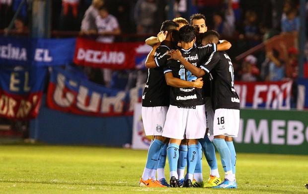 Jogadores do Grêmio comemoram gol contra o Nacional (Foto: Lucas Uebel/Divulgação, Grêmio)