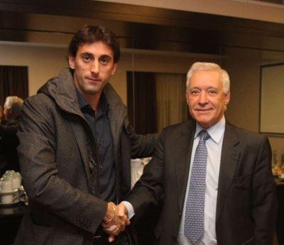 Diego Milito e Victor Blanco (Foto: Reprodução/Site oficial do Racing)