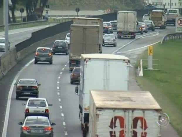Aumento de roubo de cargas assusta empresas e motoristas em Jundiaí (Foto: Reprodução/TV TEM)