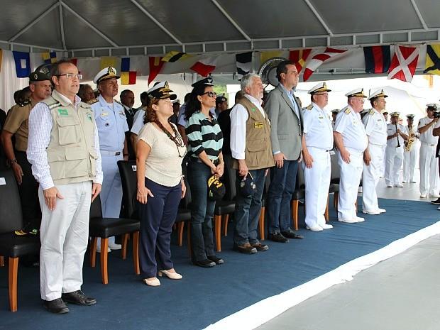 Solenidade contou com a presença de autoridades civil e militares (Foto: Diego Toledano/ G1 AM)