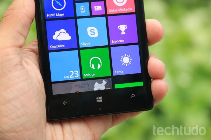 Detalhe dos botões sensíveis ao toque do Nokia Lumia 930 (Foto: Lucas Mendes/TechTudo)