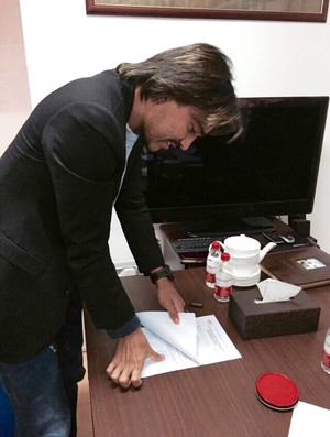 marcelo Moreno assina contrato na China