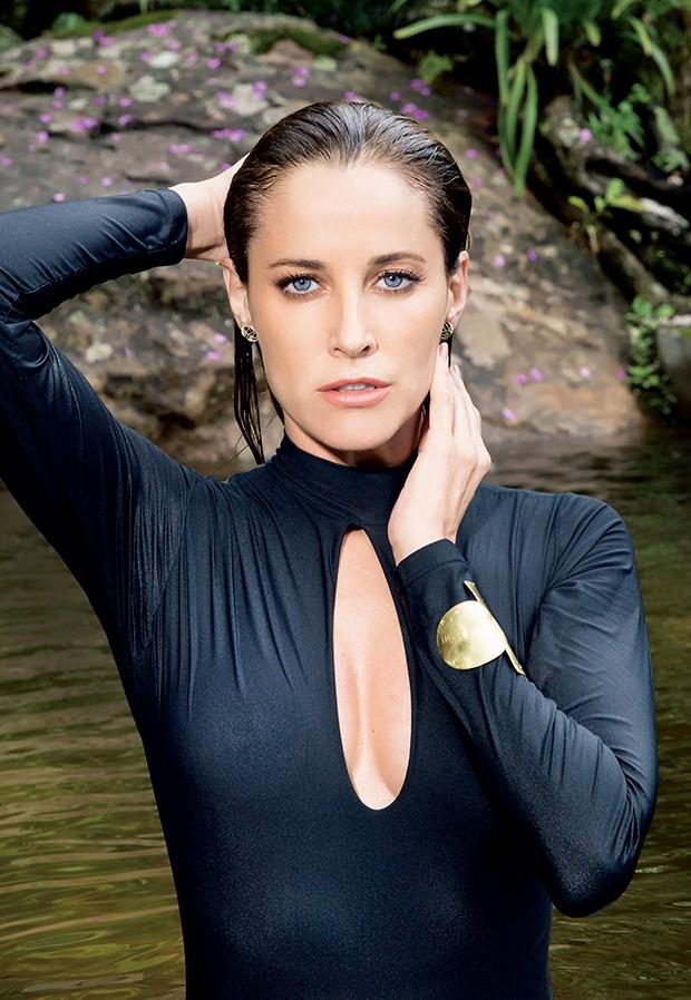 Em maio, a atriz lançará sua segunda linha de maquiagem  (Foto:  )