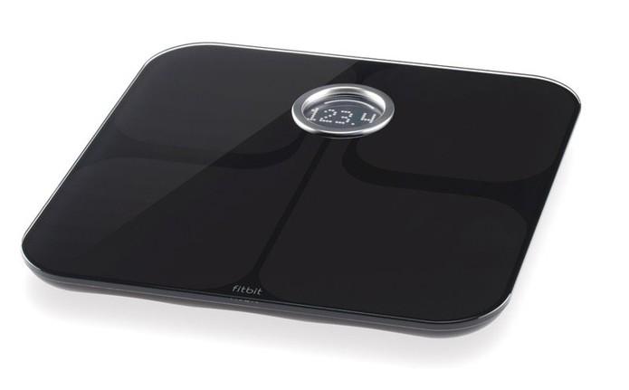 Fitbit Aria é uma balança inteligente que mede IMC do usuário (Foto: Divulgação/Fitbit)