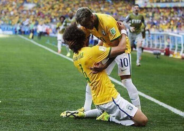 Neymar é o jogador que tem mais curtidas em fotos postadas no Facebook  (Foto: Reprodução/Facebook)