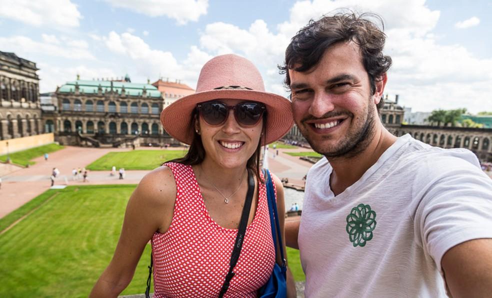 O casal Rachel e Leonardo na Alemanha (Foto: Divulgação)