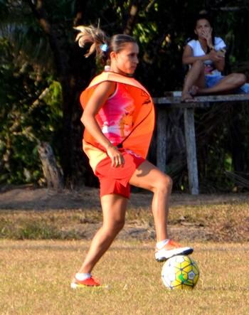 Milcilene, atacante do Atlético-AC (Foto: Nathacha Albuquerque)
