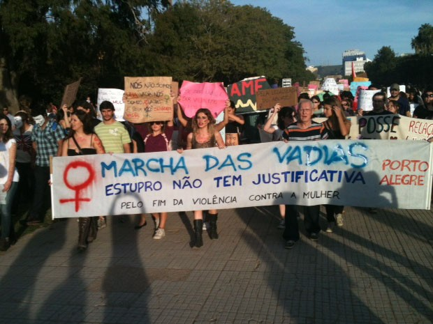 Marcha das Vadias em Porto Alegre (Foto: Dayanne Rodrigues/RBS TV)