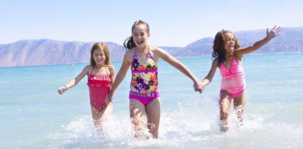 crianças; praia; verão (Foto: Thinkstock)