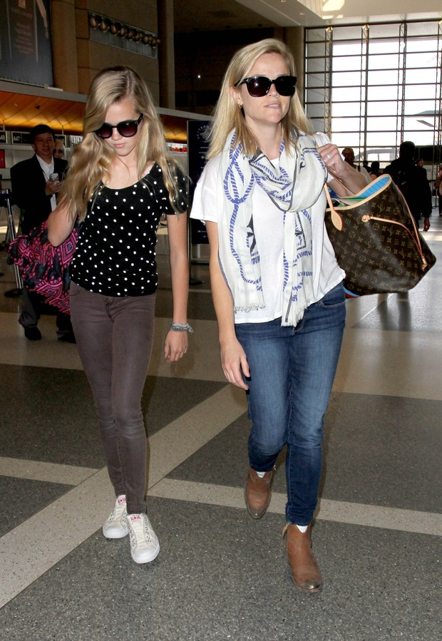 Reese Witherspoon e filha (Foto: Agência Grosby Group)