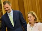 Rei da Espanha pede diálogo e dá tempo a partidos para formar governo