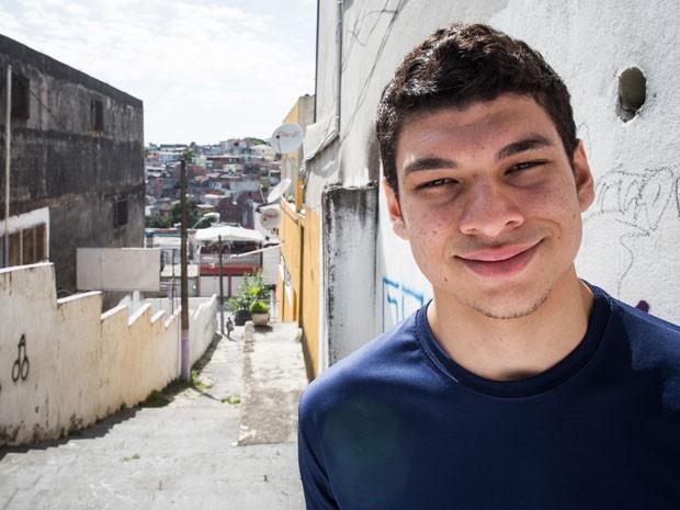 Tenho orgulho enorme de ser do Capão Redondo, diz Gustavo Torres da Silva (Foto: Victor Moriyama/G1)