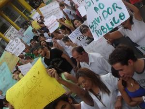Manifestação aconteceu nesta sexta-feira (Foto: Renata Resende / Divulgação)