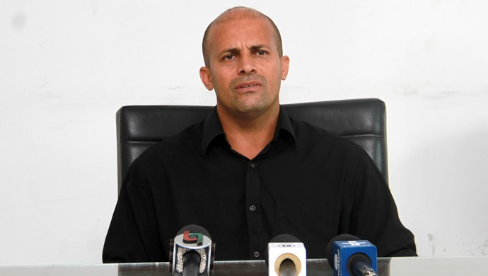 Gil Baiano; gerente de futebol; Treze (Foto: Junot Lacet / Jornal da Paraíba)