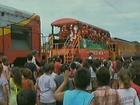 Papai Noel distribui mais de 20 mil presentes a bordo de trem em SC