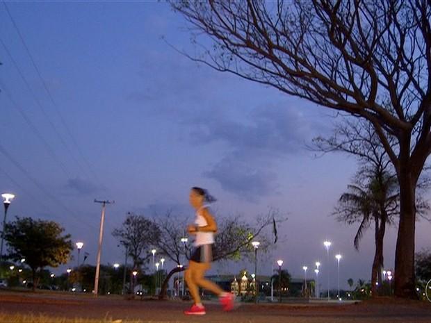 Frame Praça dos Girassóis (Foto: Reprodução/TV Anhanguera)