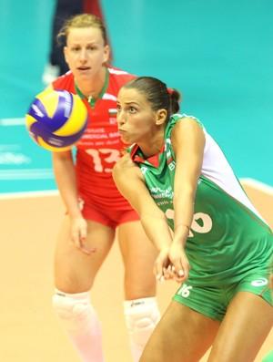 búlgara Elitsa Vasileva no Mundial de vôlei (Foto: EFE)