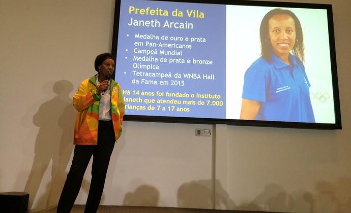 Janeth é a prefeita da Vila Olímpica  (Foto: André Durão)