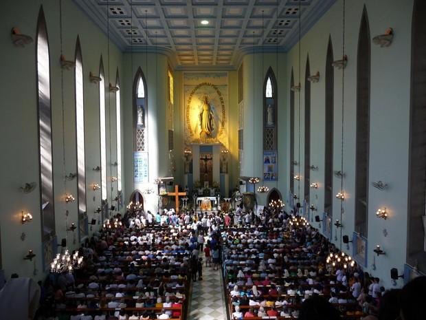 Santuário recebe símbolos da Jornada Mundial da Juventude (Foto: Cristina Miguez)