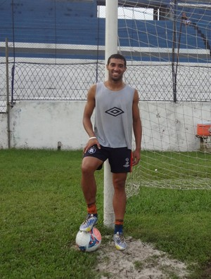 Fábio Paulista é um dos destaques no ataque do Remo (Foto: GLOBOESPORTE.COM)