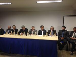 Coletiva de imprensa dos vereadores em Caruaru (Foto: Jael Soares/G1 Caruaru)