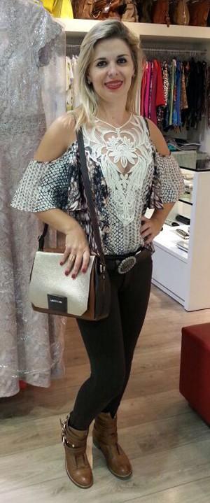 Dica é sair das peças tradicionais do mundo sertanejo e apostar nas tendências da moda (Foto: Ynaiê Botelho/G1)