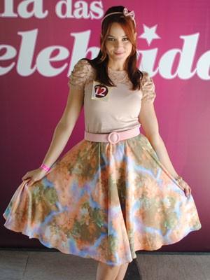As meninas investiram nas saias e vestidos rodados (Foto: Malhação / Tv Globo)