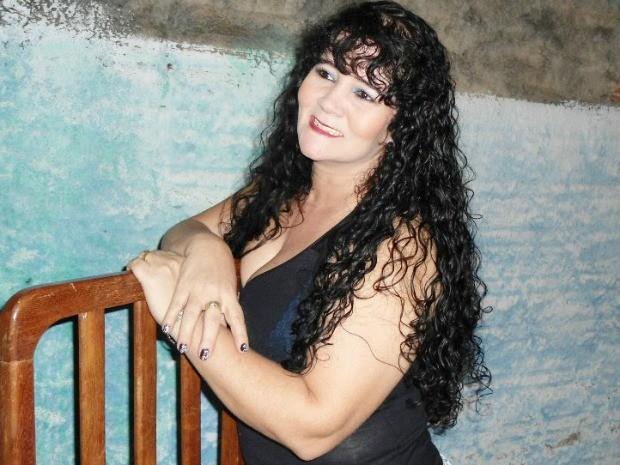 Leonice, de 40 anos, morreu durante procedimento cirúrgico na Bolívia (Foto: Arquivo Pessoal/Divulgação)