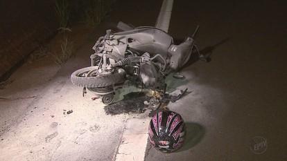 Mulher morre após sofrer acidente e moto pegar fogo em rodovia de Ribeirão Preto, SP