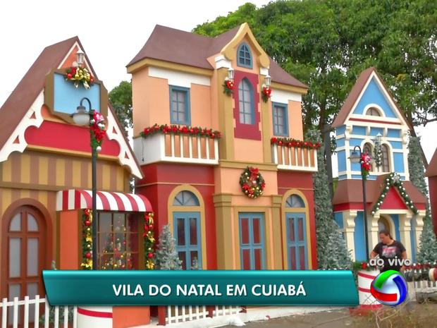 'Vila do Natal' tem chalés e até neve artificial em Cuiabá (Foto: Reprodução/TVCA)