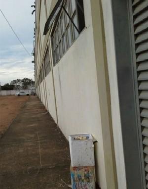 Vestiário de árbitros é furtado no estádio Rezendão, em Gurupi (Foto: Gil Correia/Arquivo Pessoal)