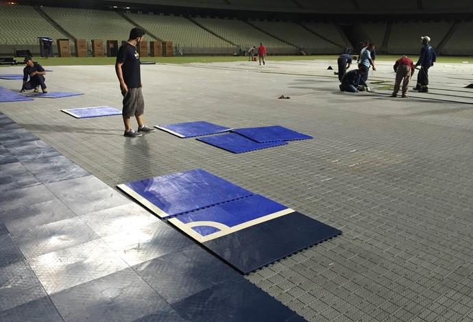 Montagem quadra Castelão fortaleza Brasil Portugal futsal (Foto  Flávio  Dilascio) 219861e6433c1