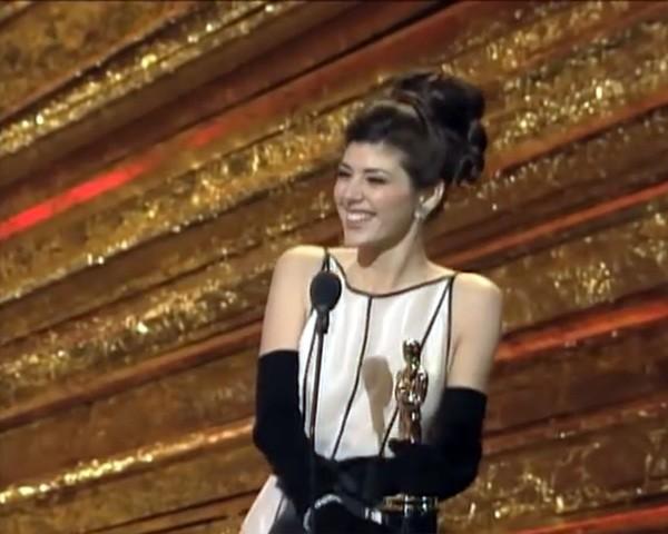 Marisa Tomei na cerimônia do Oscar em 1993 (Foto: Reprodução / YouTube)