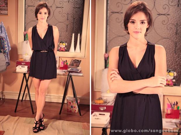 Saltão e vestido pretinho básico: o look de Giane é um arraso! (Foto: Sangue Bom / TV Globo)