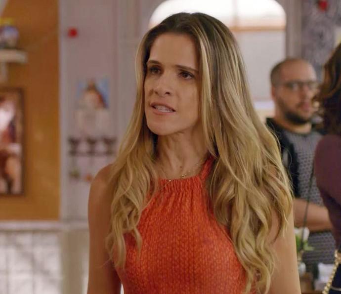 Marlene descobre que Genésio dormiu com Celma (Foto: TV Globo)
