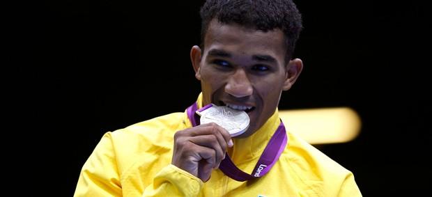 Esquiva Falcão medalha de prata (Foto: Reuters)
