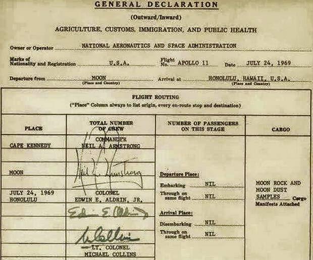 Tripulantes da missão Apollo 11, da Nasa, assinaram declaração de imigração quando voltaram da Lua; foram declarados exemplares de pedras e areia da Lua (Foto: Reprodução/ Facebook/ Buzz Aldrin)