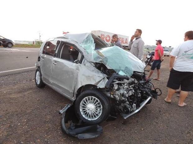 Carro havia sido retirado da concessionária minutos antes do acidente. Rio Preto (Foto: Jociano Garofolo/colaboração)