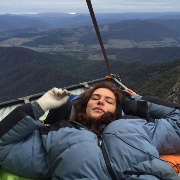 Mariana Goldfarb dorme a 300 metros de altura (Foto: Arquivo Pessoal)