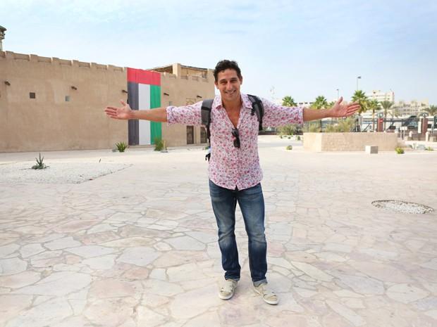Durante as gravações da novela da novela em Dubai, o ator aproveitou para conhecer um pouco da cidade (Foto: Isabella Pinheiro/Gshow)